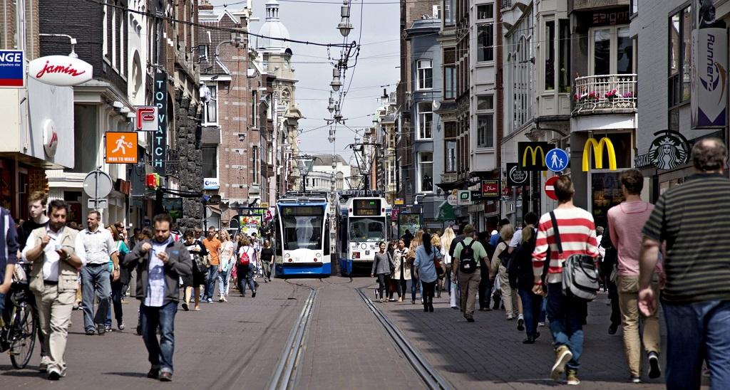 Muoversi ad amsterdam e dintorni biglietti e pass per i for Ostelli amsterdam