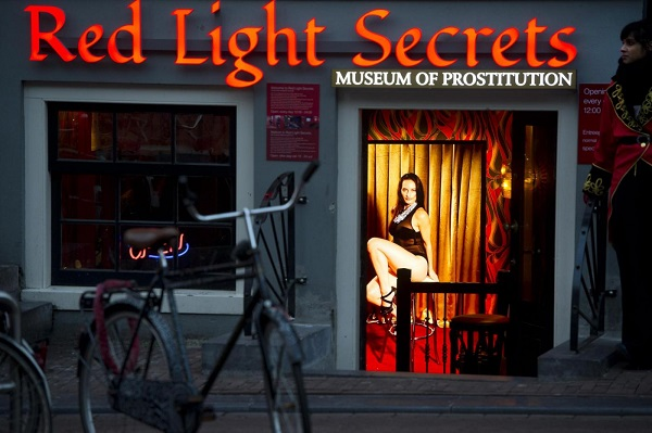 red light secret