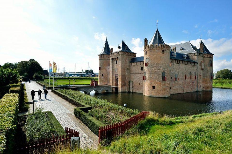 Risultati immagini per naarden in olanda