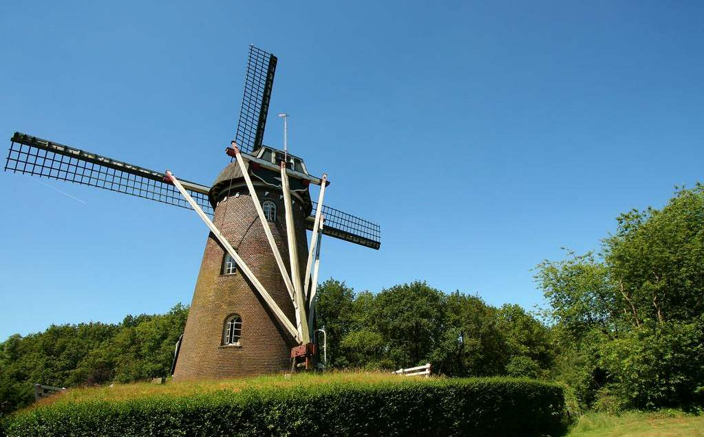 Dormire in un mulino a vento da zaanse schans a schiedam for Dormire amsterdam centro
