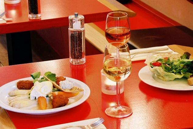 8 posti di amsterdam dove mangiare bene e spendere poco for Amsterdam mangiare
