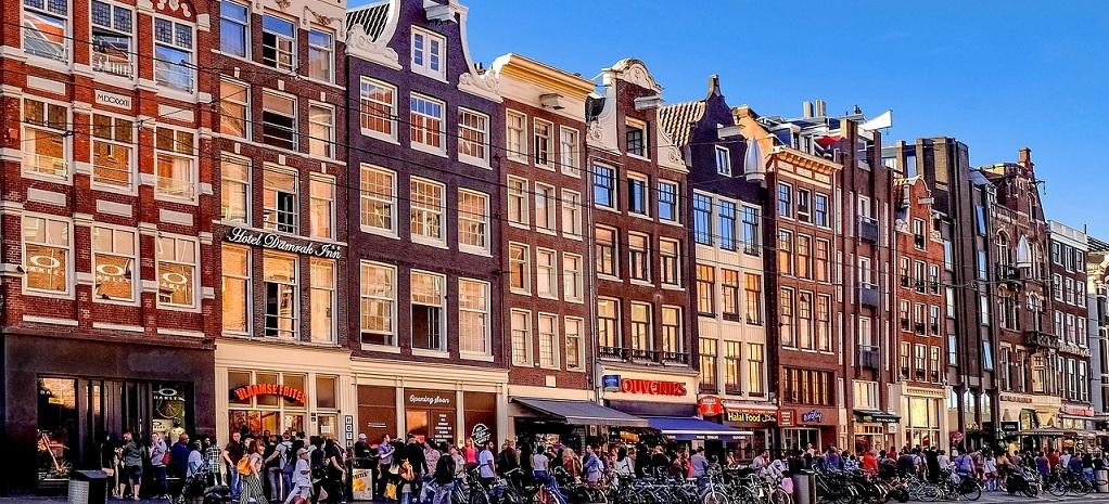 Tassa turistica ad amsterdam pu aumentare fino a 10 a notte for Dormire a amsterdam consigli